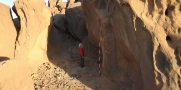 Sudan kayalıklarındaki deliklerin gizemi kısmen çözüldü