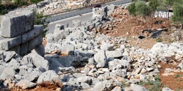 Termessos Antik Kentinde 2300 yıllık yol bulundu.