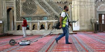 Selimiye Camisinin röntgeni çekiliyor