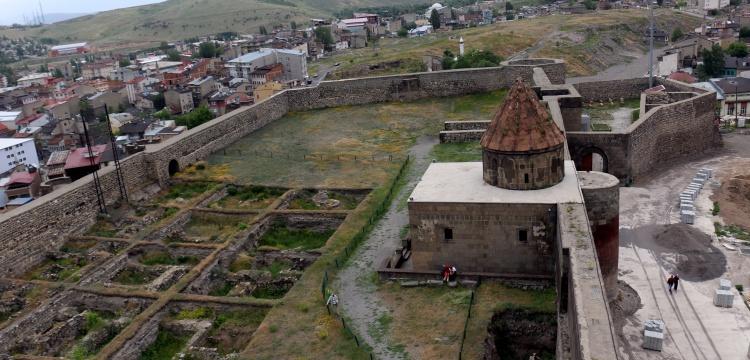 Erzurum kalesi ile ilgili görsel sonucu