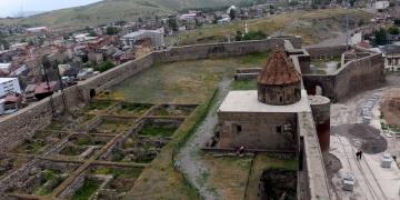Erzurum Kalesinde restorasyon hazırlığı