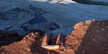 Yatağandaki antik çocuk mezarları için yetkililer bekleniyor
