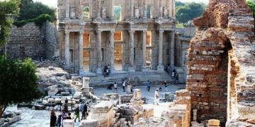 İzmirdeki müze ve ören yerlerinin gelirleri yüzde 14 arttı