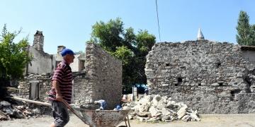 Beylikler Hamamında arkeoloji kazıları bitti restorasyon başladı