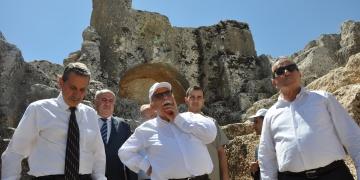 Vali Kalkancı, Bakan Avcıdan arkeoloji müzesi istedi
