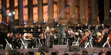 Aizanoi Antik Kentinde Senfonik Türküler söylendi