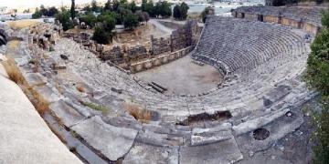 Myra Antik Tiyatrosunda restorasyon hazırlığı sürüyor