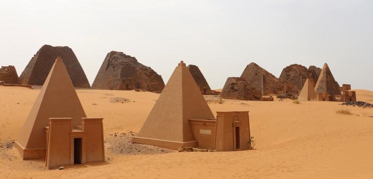 Sudan'ın piramitleri keşfedilmeyi bekliyor