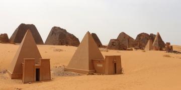Sudanın piramitleri keşfedilmeyi bekliyor