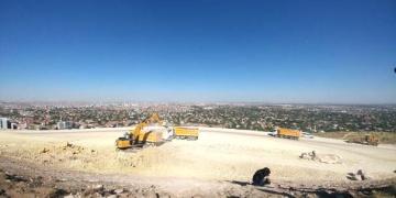 Necmettin Erbakan Üniversitesi yol inşaatında antik mezar bulundu