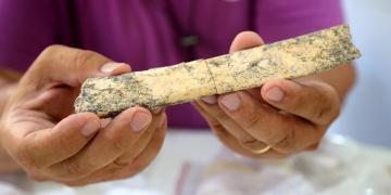 Karain Mağarasında iki önemli arkeolojik keşif yapıldı
