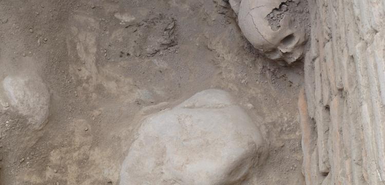 Kırgızistan'da Karahanlı hanedanına ait türbe bulundu