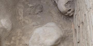 Kırgızistanda Karahanlı hanedanına ait türbe bulundu
