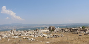 Laodikya Antik Kentinde 4 bini aşkın arkeolojik eser bulundu