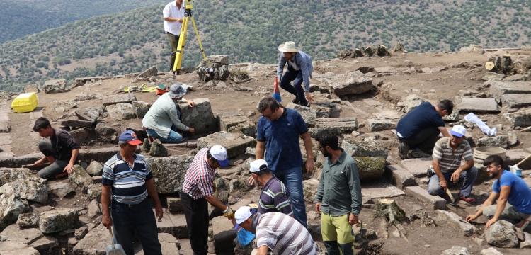 Aigai Arkeoloji Kazıları artık MCBÜ tarafından yürütülecek