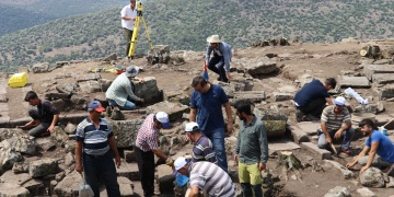 Aigai Antik Kentindeki agorada arkeoloji kazısı için sponsor aranıyor