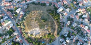 Maydos arkeoloji kazılarında yerleşim alanının girişi aranıyor