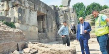 İstanbul Kapıda 2 bin yıllık tarihi yollara ulaşıldı