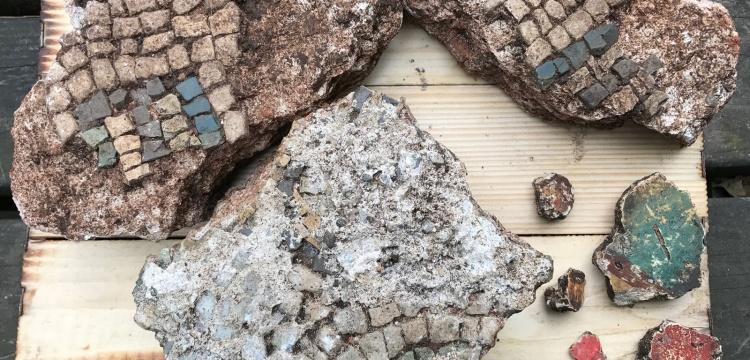 Giresun Adası'nda ilk kez fresk parçaları bulundu