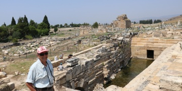 İlber Ortaylıdan arkeolog Prof. Francesco DAndriaya methiye