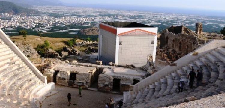 Opramoas anıtı restorasyonuyla ilgili yeni iddialar