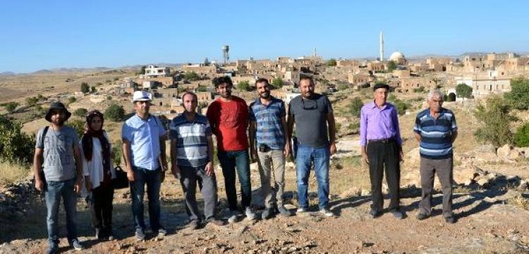 Midyat'ta arkeolojik yüzey araştırması yapılıyor