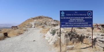 2 bin 750 yıllık Urartu mezarlığını Gürpınar Belediyesi koruyacak
