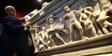 Bakan Kurtulmuş, Herakles Lahdini ziyarete açtı