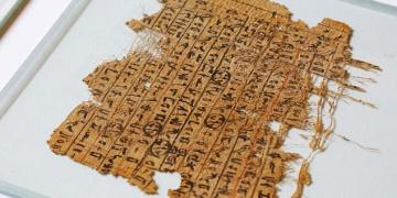 Mısır piramitlerinin sırrını çözen papirüs bulundu