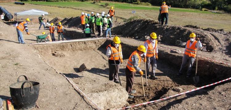 Kütahya'da TANAP boru hattı inşaatında antik mezarlar bulundu