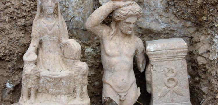 Isparta'daki arkeoloji kazılarında 5 yeni heykel bulundu
