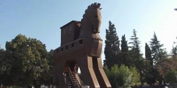 İtalyan arkeolog Tiboni: Truva atı aslında bir gemiydi!