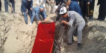 2000 yıllık mumya cenaze töreniyle defnedildi