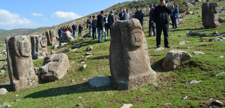 Arkeologlar Yesemek'te incelemeler yaptı
