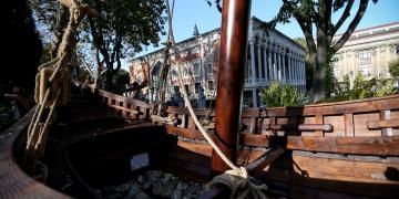 Yenikapı 12 teknesi İstanbul Arkeoloji Müzelerinde sergileniyor