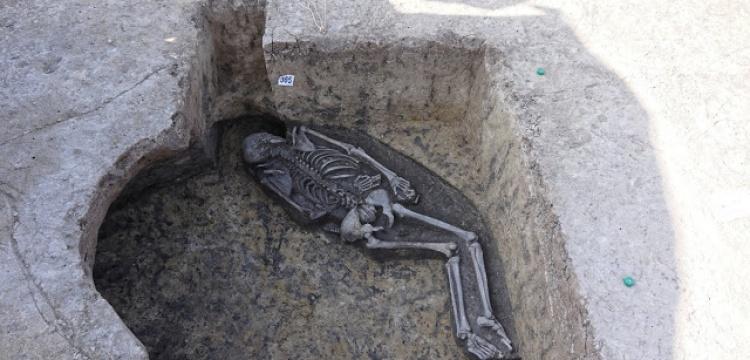 Slovakya'da sıradışı bir şaman mezarı bulundu