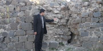 Diyarbakır Surlarının Urfakapı Burcunda çatlak tehlikesi