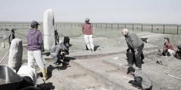 Prof. Taşağıl: Tonyukuk Anıtlarını, kazı ruhsatı olmayanlar kazmış!
