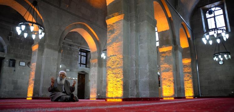 Bitlis'in 867 yıllık Ulu Cami'si restore edildi