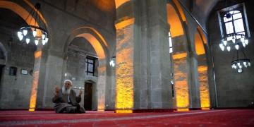 Bitlisin 867 yıllık Ulu Camisi restore edildi