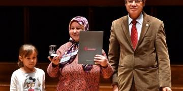 İzmirde Tarihe Saygı Yerel Koruma Ödülleri verildi