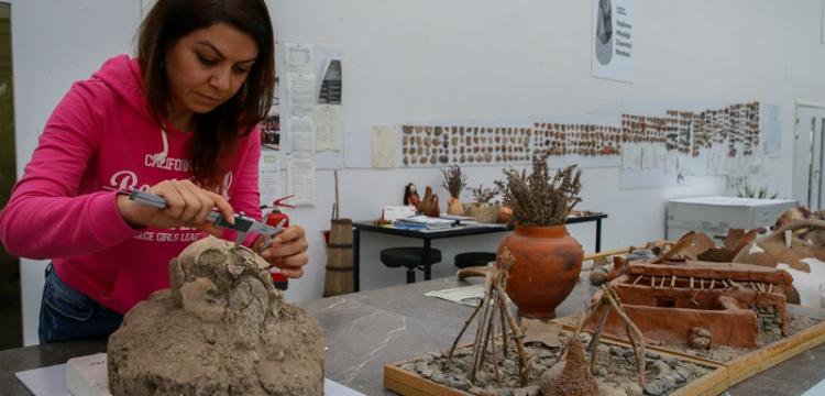 5 bin yıl önce İzmir'de yaşayanların izleri aranıyor