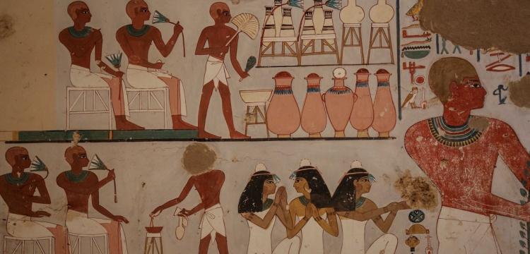 Luksor'da 2 Firavun mezarı bulundu