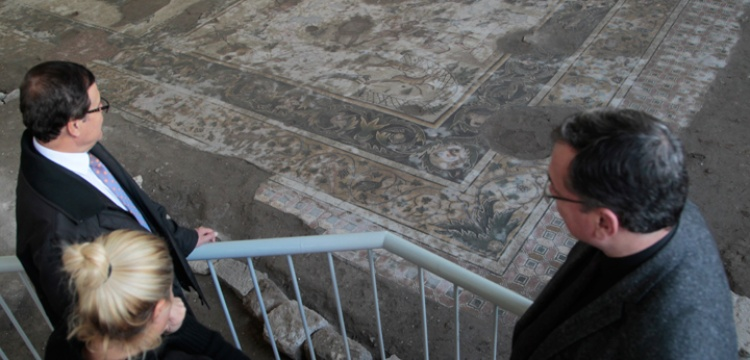 150 metrekarelik Germanicia mozaiği daha ziyarete açılacak