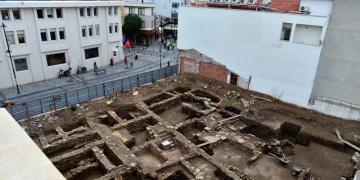 AVM inşaatında tarihi kalıntılar bulundu