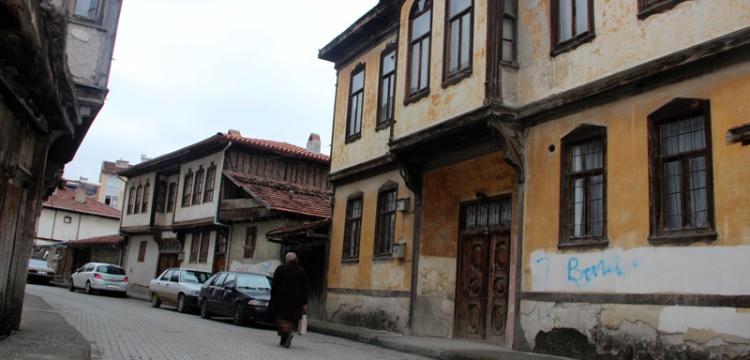 Taşköprü'nün tarihi evleri restore ediliyor