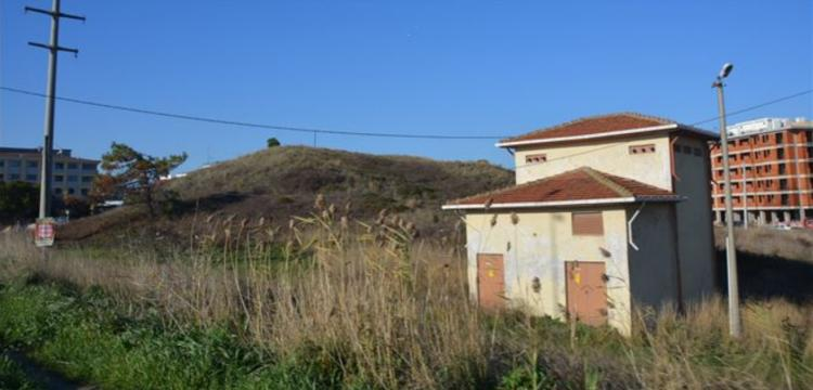 Bandırma Tümülüsü'nün çevresi binalarla kuşatıldı