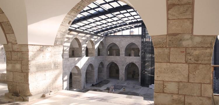 442 yıllık Behram Paşa Hanı otel olacak