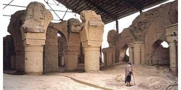 Afganistandaki gizemli cami kalıntısı zamana direniyor