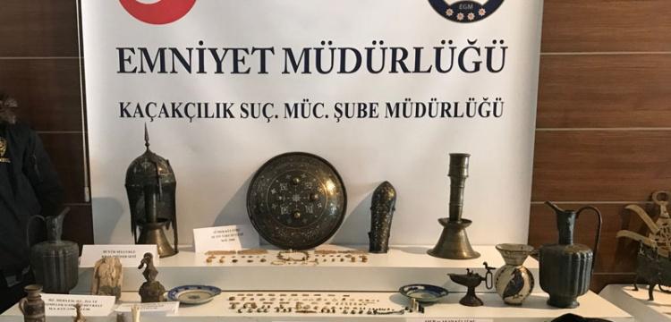 İstanbul'da 242 parça tarihi eser yakalandı